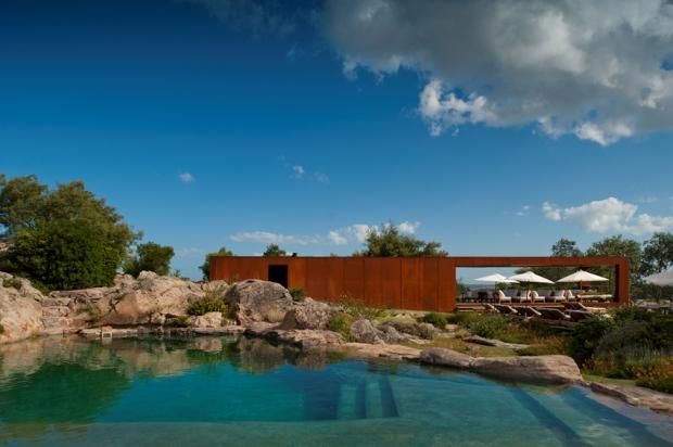 FASANO-LAS-PIEDRAS-HOTEL-swimming-pool-and-bar_672